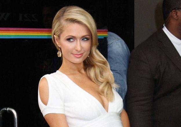Paris Hilton, enceinte ? L'héritière dément
