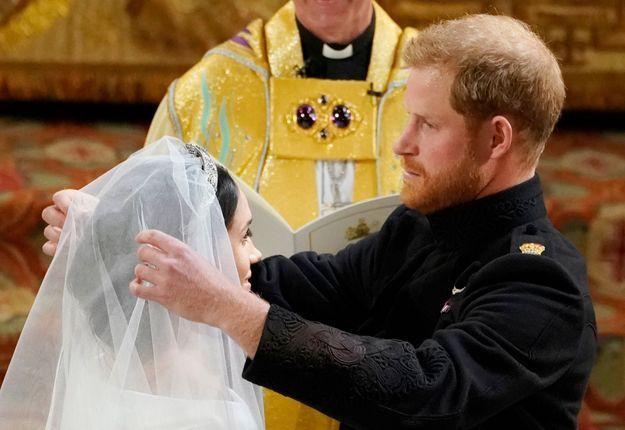 Le prince Harry a levé le voile de Meghan Markle