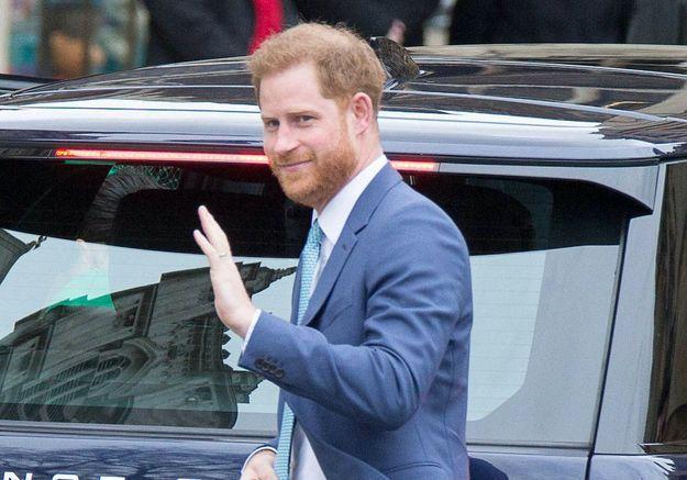 Prince Harry : arrivée imminente au Royaume-Uni ?