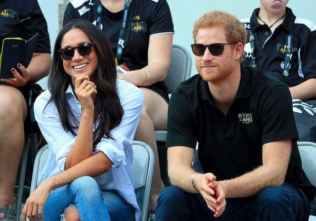 Prince Harry et Meghan Markle : première sortie officielle, main dans la main !