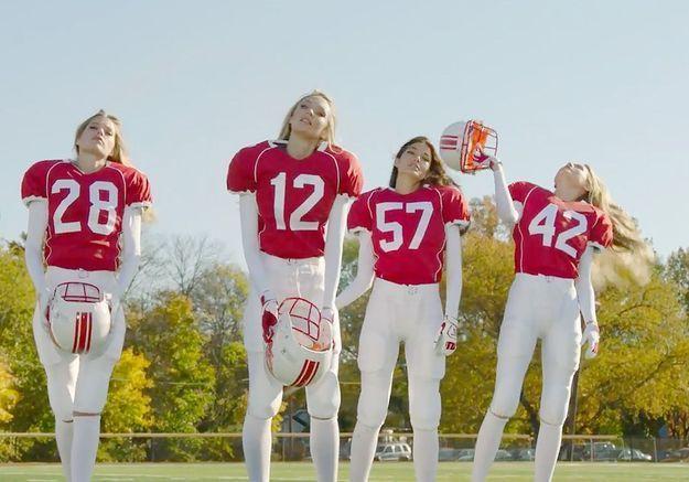 Quand les Anges de Victoria's Secret jouent au football américain