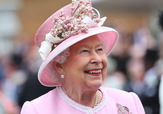 Quel est le salaire de la reine d'Angleterre ?