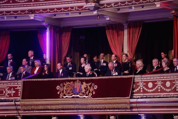 La famille royale britannique réunie au Royal Albert Hall