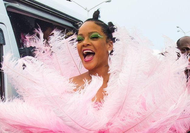 Rihanna s'éclate au carnaval de La Barbade