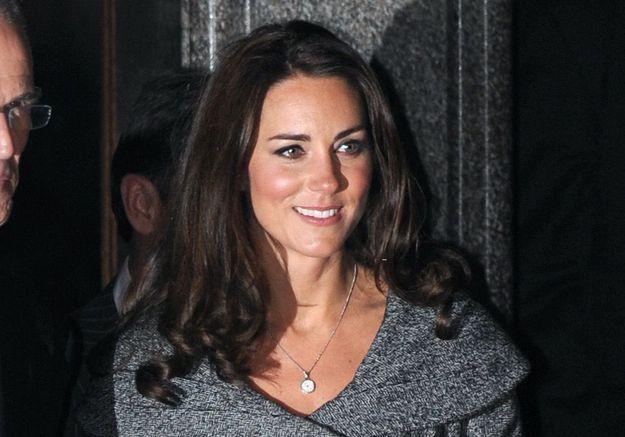 Scandale royal : Kate Middleton, seins nus en une de la presse française