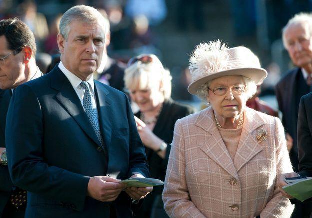 Scandale royal : le prince Andrew, de fils adoré d'Elizabeth II à trouble-fête de Buckingham