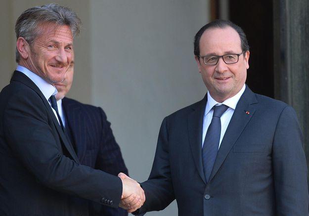 Sean Penn reçu par François Hollande à l'Elysée