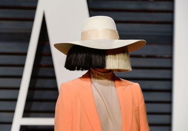 Sia : elle révèle être atteinte d'une maladie génétique rare
