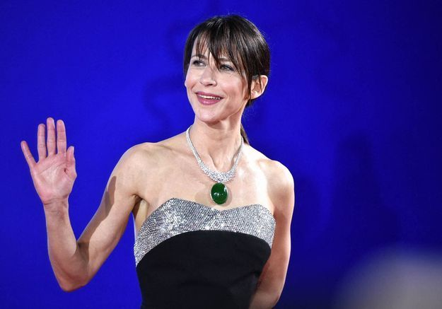 Sophie Marceau : renversante de glamour auprès de ses fans en Chine