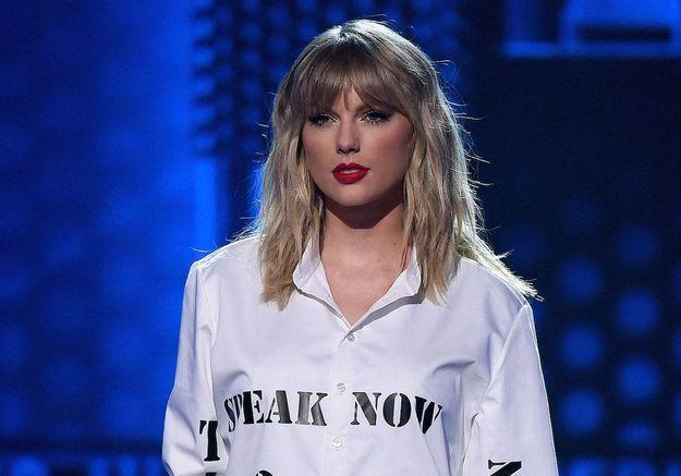 Taylor Swift confirme l'identité secrète de son petit-ami