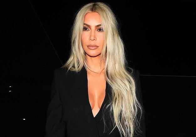 Transformée en Aaliyah pour Halloween, Kim Kardashian fait polémique