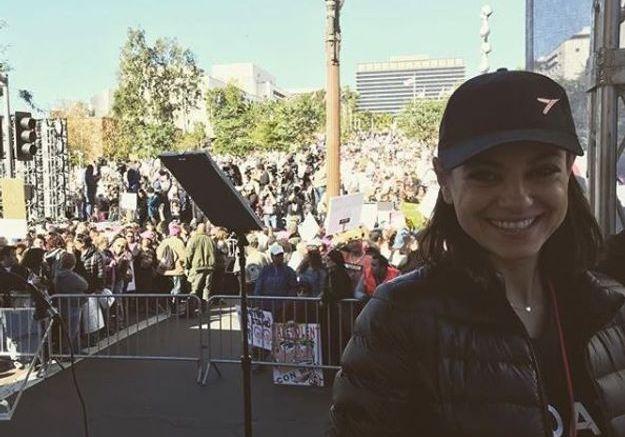 Mila Kunis à la Women's March de Los Angeles