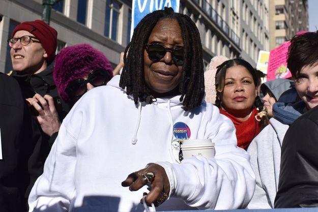 Whoopi Goldberg dans les rues de New York