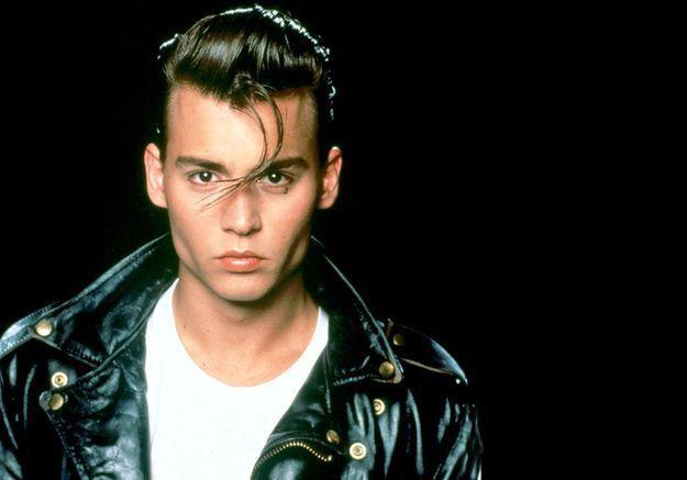 Johnny Depp: ses 30 excentricités capillaires!