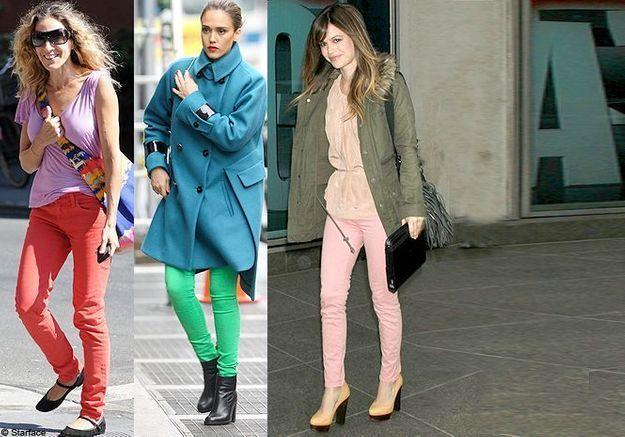 Le jean coloré, star chez les stars!