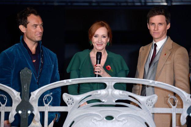 Jude Law, J.K Rowling et Eddie Redmayne à l'avant-première « Les Animaux fantastiques 2 »