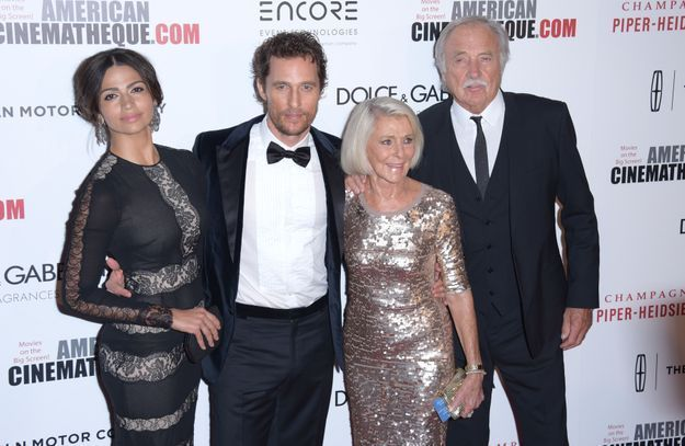 Camila Alves, Matthew McConaughey et ses parents