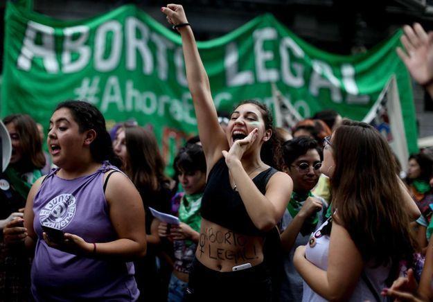 Amérique Latine : le printemps féministe gagne le continent