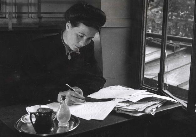 « Des femmes en littérature » : enfin un manuel scolaire qui met à l'honneur 100 écrivaines