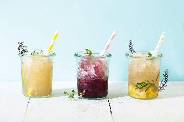 En août, on sirote des cocktails de jus de fruit