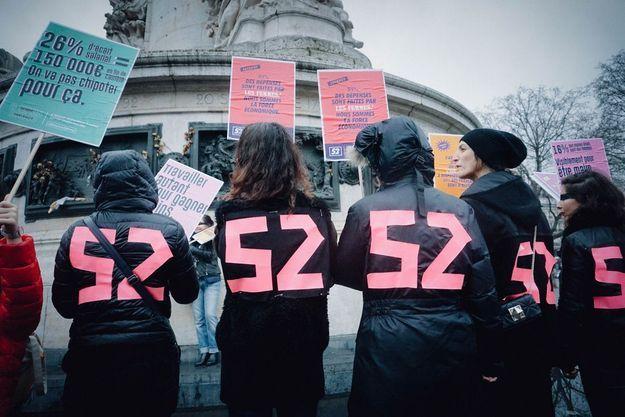 Le collectif féministe « Nous sommes 52 »