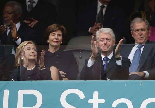 Bill et Hillary Clinton, George W.  et Laura Bush