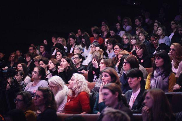 Les lectrices, juste avant que Camille Cottin monte sur scène