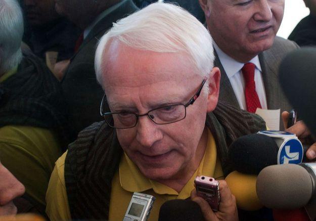 Bernard Cassez à son arrivée à la prison