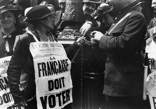 Arrestation d'une suffragette