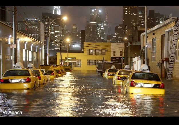 New york ouragan taxis jaunes