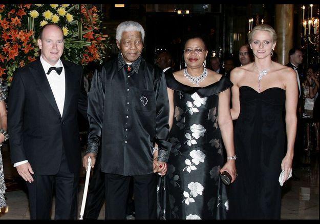 Madiba, Graça Machel, Albert de Monaco et Charlène Wittstock en 2007