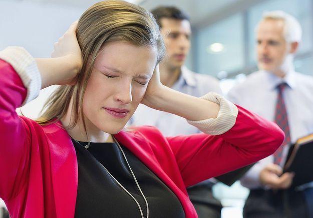 Travail: 80% des femmes confrontées à des attitudes sexistes