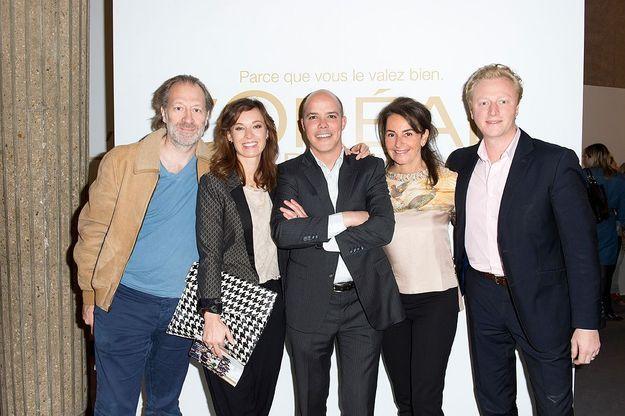 L'équipe L'Oréal Paris avec Constance Benqué