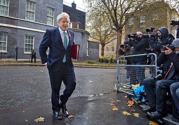 Boris Johnson : le carré de dames qui lui donne du fil à retordre
