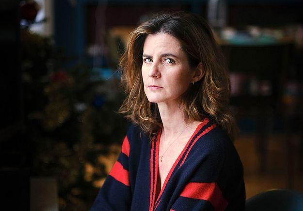 Inceste : le témoignage bouleversant de Camille Kouchner contre son beau-père
