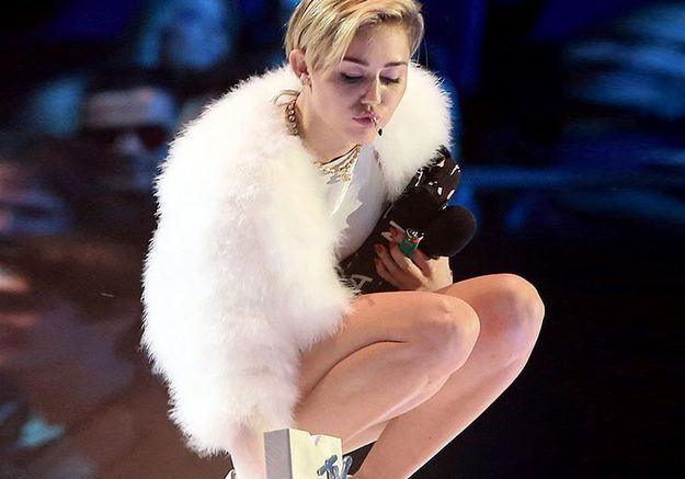 Les femmes de la semaine : la dernière provoc de Miley Cyrus