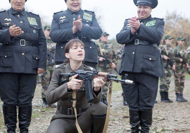 Charlotte Gainsbourg joue une «colonelle»