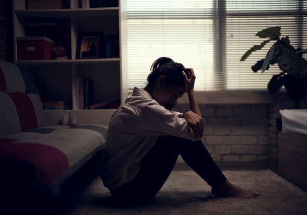 A seulement 13 ans, elle enregistre les aveux de viol de son père et le fait condamner
