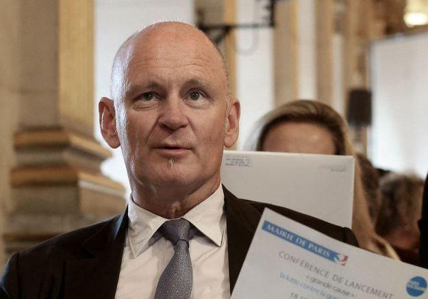 Affaire Christophe Girard : accusé d'abus sexuels, le parquet de Paris ouvre une enquête