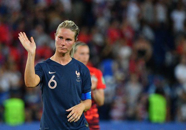 Amandine Henry : la footballeuse qui refuse de se taire