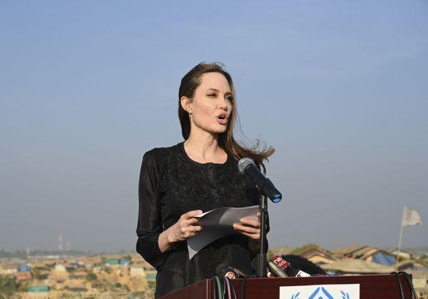 Angelina Jolie pousse un nouveau coup de gueule