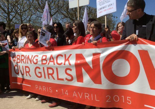 #BringBackOurGirls : un an après, les Parisiennes se mobilisent pour les lycéennes enlevées