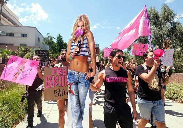 Britney Spears, star sous emprise et icône féministe