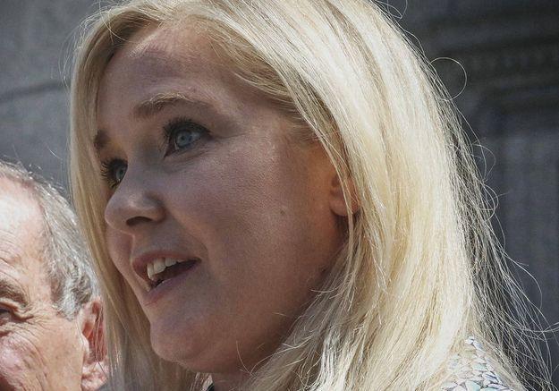 Cette victime d'Epstein qui porte plainte contre le prince Andrew
