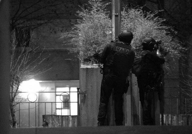 Charlie Hebdo: deux frères recherchés, un troisième suspect arrêté