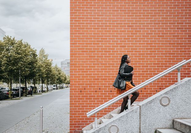 Comment les villes tentent de rendre les rues plus sûres pour les femmes