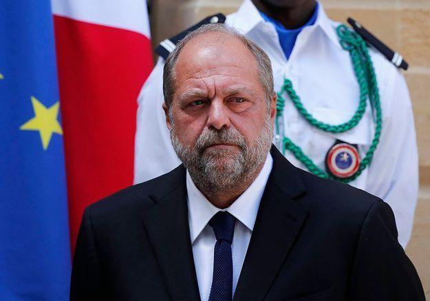 Conflits d'intérêts : Éric Dupond-Moretti mis en examen