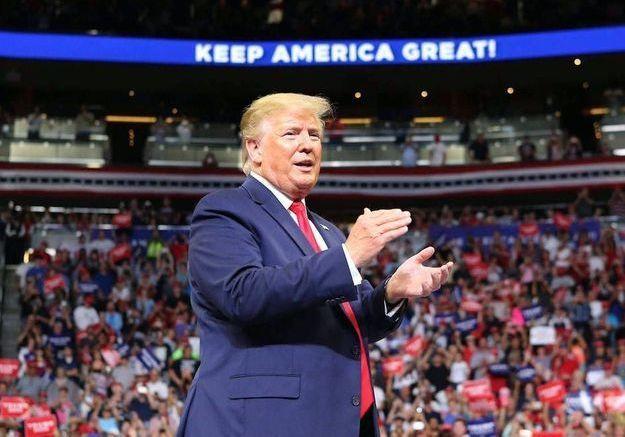 Coronavirus : Donald Trump veut faire signer une décharge à ses militants en cas de contamination lors de ses meetings