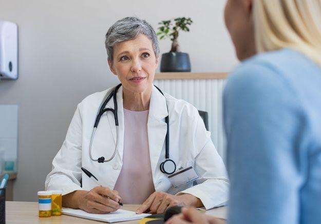 Coronavirus : les médecins libéraux recevront une aide de leur caisse de retraite