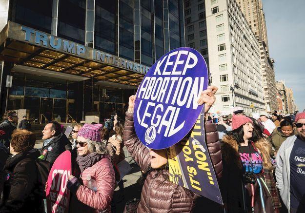Coronavirus : trois États américains priés de restaurer l'avortement